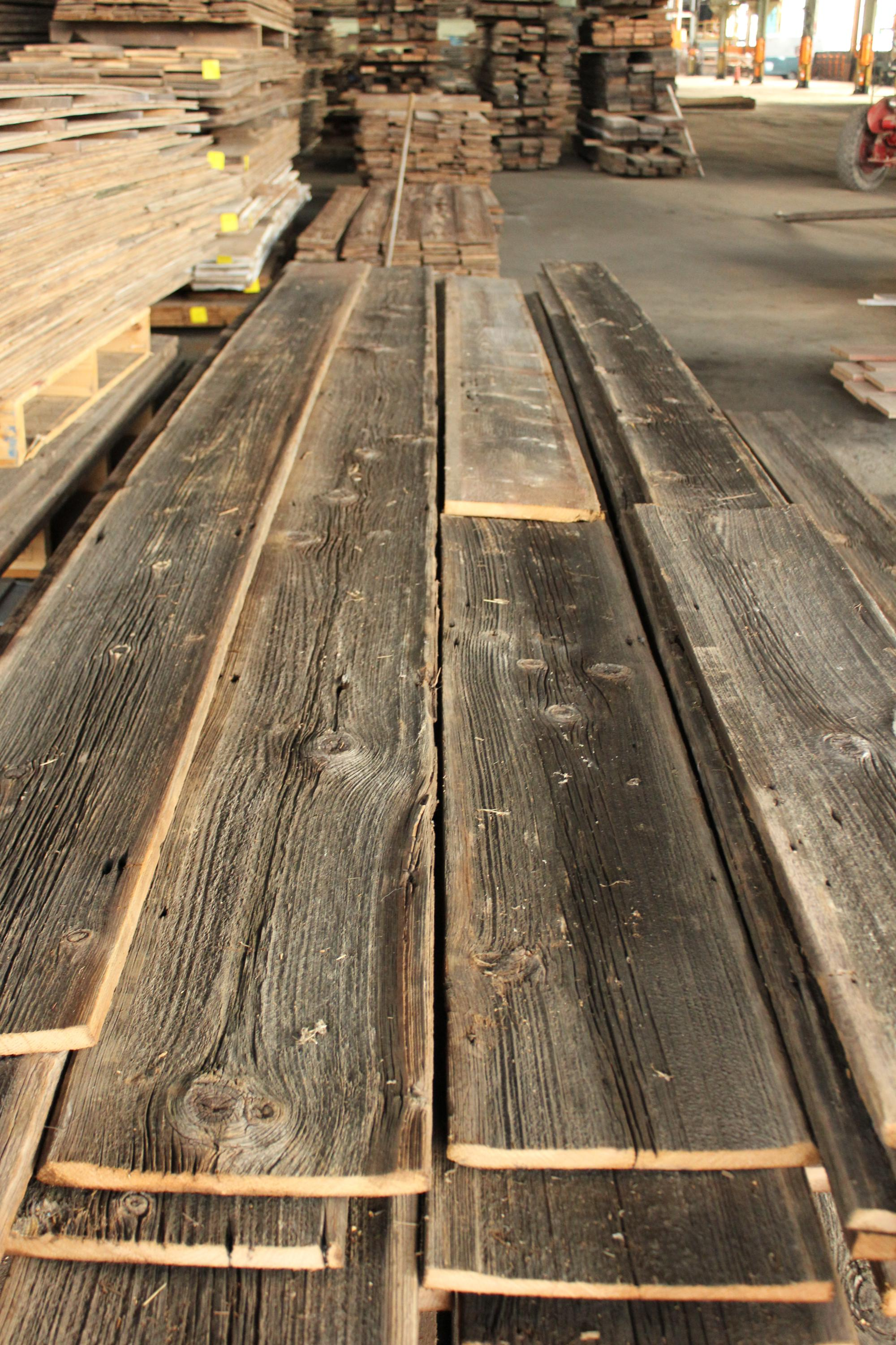 Reclaimed wood wall for Barnwood plywood